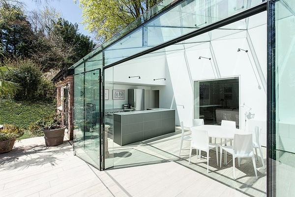 vesta mebel-The-Glass-House-AR-Design-Studio-03-1-Kindesign