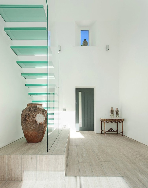 vesta mebel-The-Glass-House-AR-Design-Studio-09-1-Kindesign