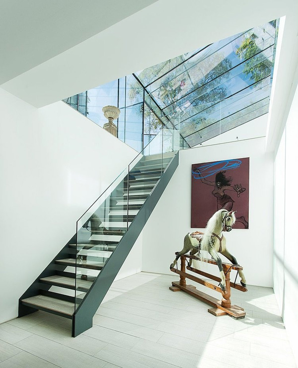vesta mebel-The-Glass-House-AR-Design-Studio-10-1-Kindesign