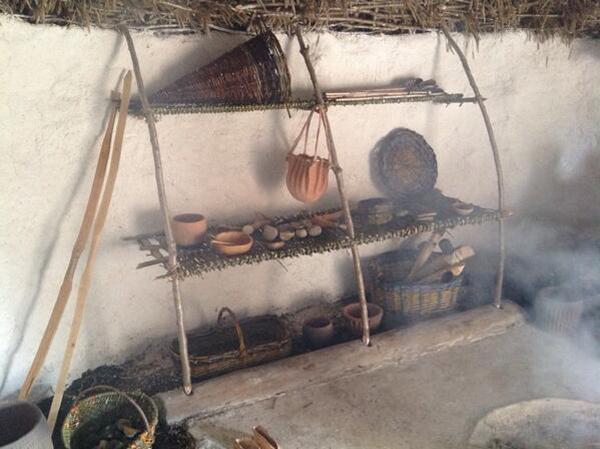 vesta mebel-neolitic houses3