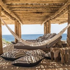 Почивка, релакс и нощен живот в Scorpios на Миконос