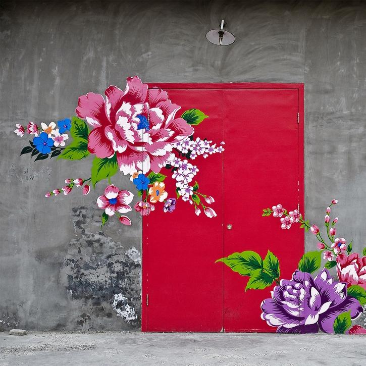 vesta mebel-streetart- flowers