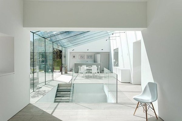 vesta mebel-The-Glass-House-AR-Design-Studio-07-1-Kindesign