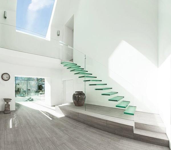 vesta mebel-The-Glass-House-AR-Design-Studio-08-1-Kindesign