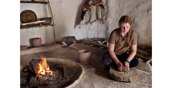 vesta mebel-neolitic houses2