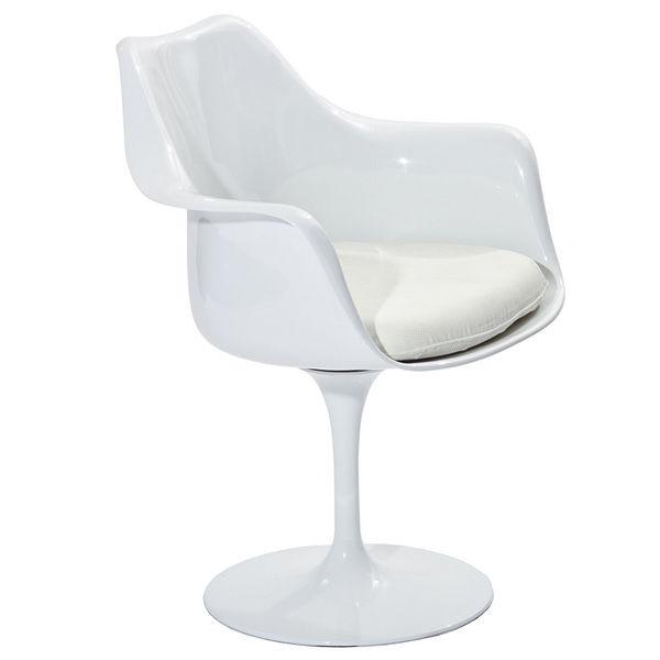 Eero Saarinen Tulip Arm Chair