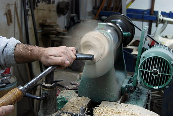 vesta mebel blog-kutarq carved 6 woodturning