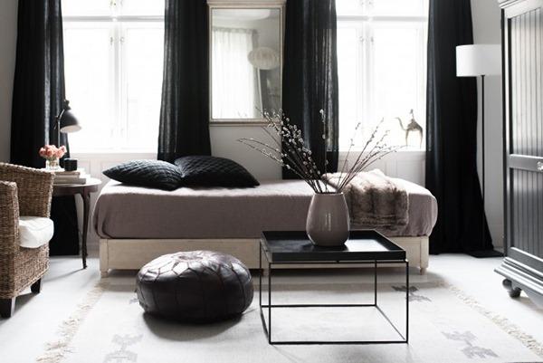 vesta mebel blog-Traveling-Mama-transitional-living-room